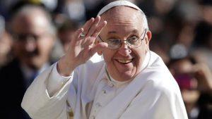 Paus adalah pemimpin agama yang berpengaruh
