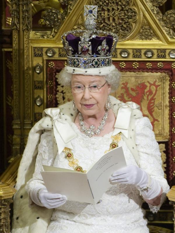 Ratu Inggris, Elizabeth II